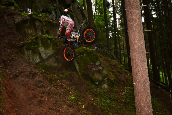 2015 FIM World Trials Championship – Day 1 – Czech Republic – Trial Magazine View