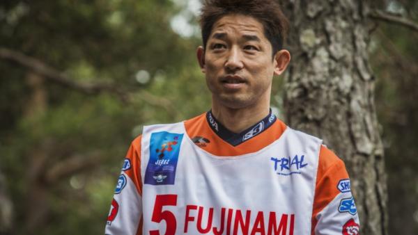 Takahisa Fujinami undergoes a wrist operation